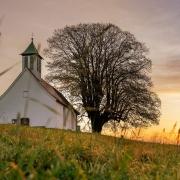 Kirche in der Natur